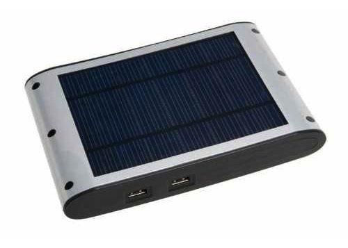 Titan Solar Ladegerät